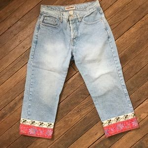 London Jean capris Chinese cuffs